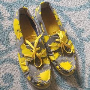 Yellow Sperry